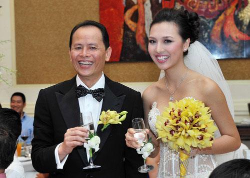 Những quý ông Việt lấy vợ trẻ kém... 30 tuổi - 6
