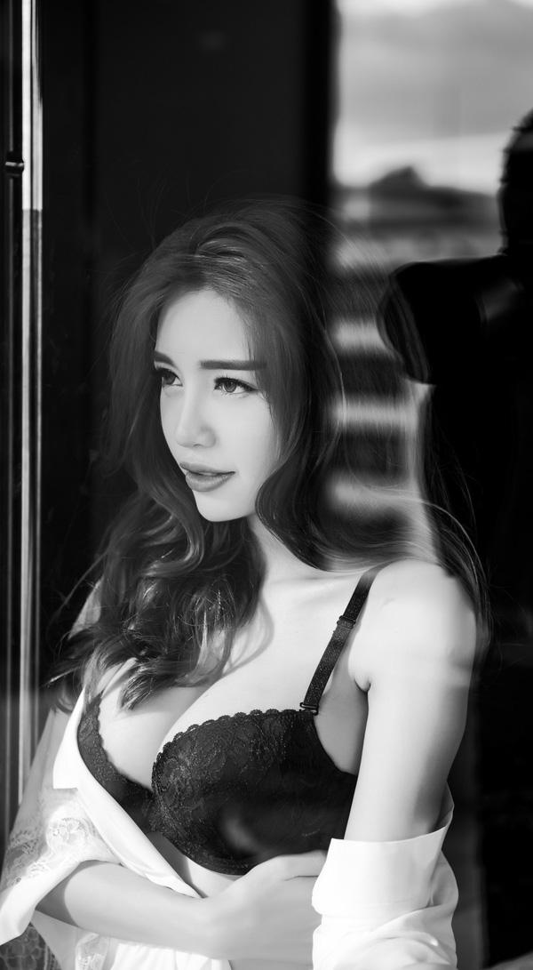 Elly Trần: 'Tôi như bị khủng bố sau khi sinh con lần 2' - 4