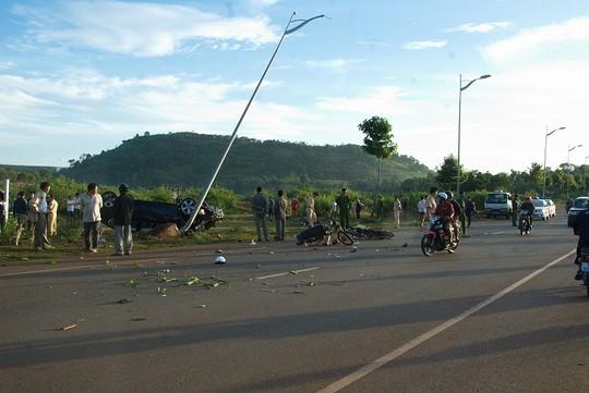Xét xử nguyên thượng úy CSGT lái xe BMW tông chết 2 người - 2