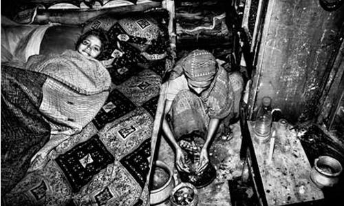 Những mảnh đời 'chết' trong xưởng thời trang bình dân - 4