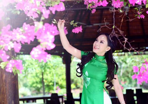 Bản lĩnh 'sao': Việt Hương thổ lộ 'máu điên' quái đản - 2