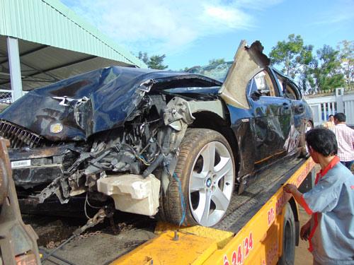 CSGT lái xe BMW đâm chết 2 người bị phạt 5 năm tù - 2