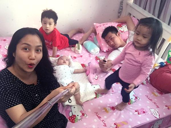 Ốc Thanh Vân: 'Từng khiến chồng không vui vì làm việc nhiều' - 1