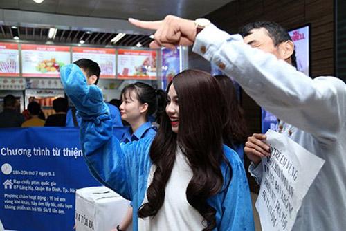 Linh Miu: 'Hãy ôm lấy tôi và trả công 5k mỗi lần ôm' - 7