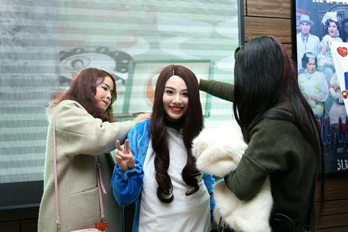 Linh Miu: 'Hãy ôm lấy tôi và trả công 5k mỗi lần ôm' - 6
