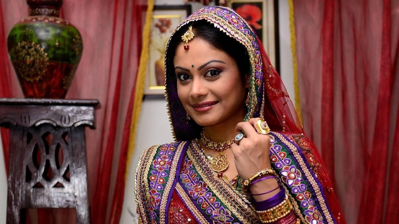 Người đẹp thứ ba đóng 'Cô dâu 8 tuổi' Anandi bị chê - 5
