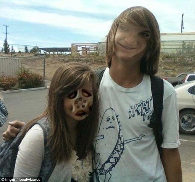 Cặp đôi này có khuôn mặt đáng sợ như đến từ một hành tinh khác.