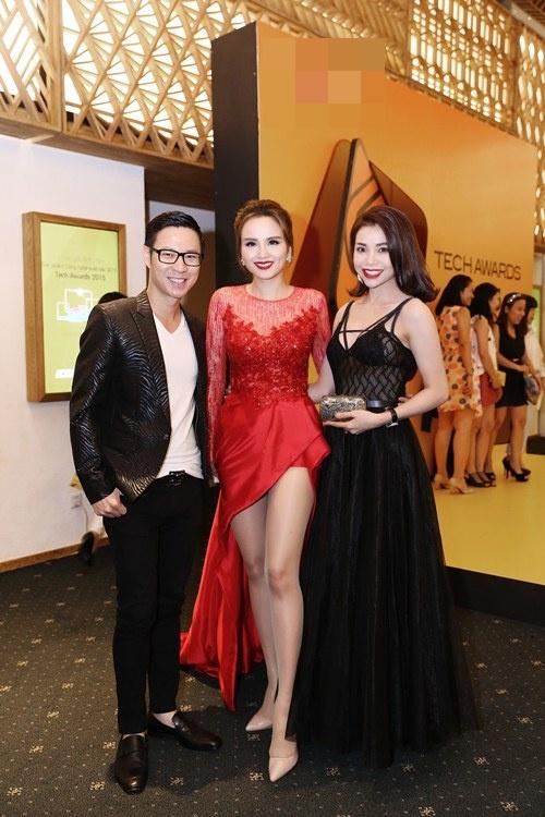 Hoa hậu Diễm Hương nổi bật khoe chân dài mướt mắt - 7