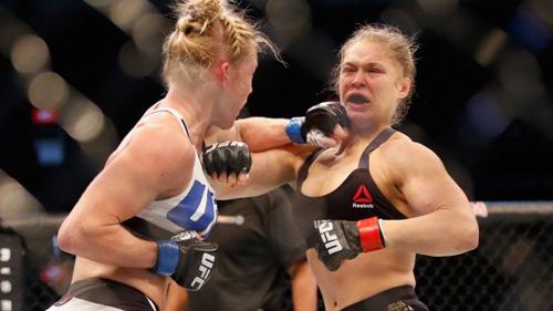 """Bể trận tái đấu, Nữ hoàng UFC """"nghỉ chơi"""" 2016 - 1"""
