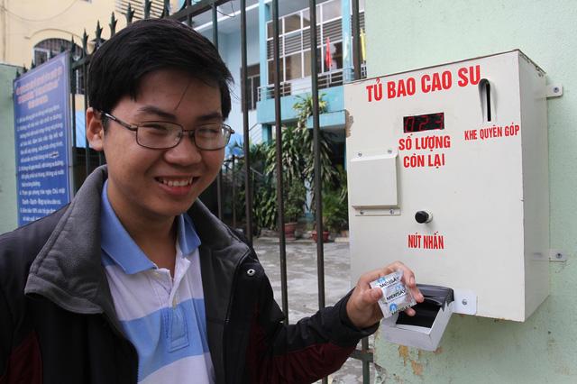 """Chiếc máy """"nhạy cảm"""" ở Đà Nẵng đắt khách - 1"""