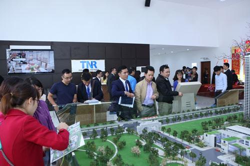 Xếp hàng xem căn hộ mẫu dự án Goldmark City, liệu có đáng?! - 4