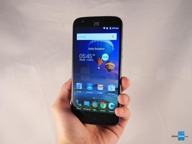 Điện thoại thông minh giá rẻ & nbsp;Grand X 3 được trang bị màn hình TFT LCD cỡ 5,5 inch với độ phân giải chỉ 720 x 1280 pixel; tông màu và độ bão hòa tương đương với dòng màn hình AMOLED hiện nay.