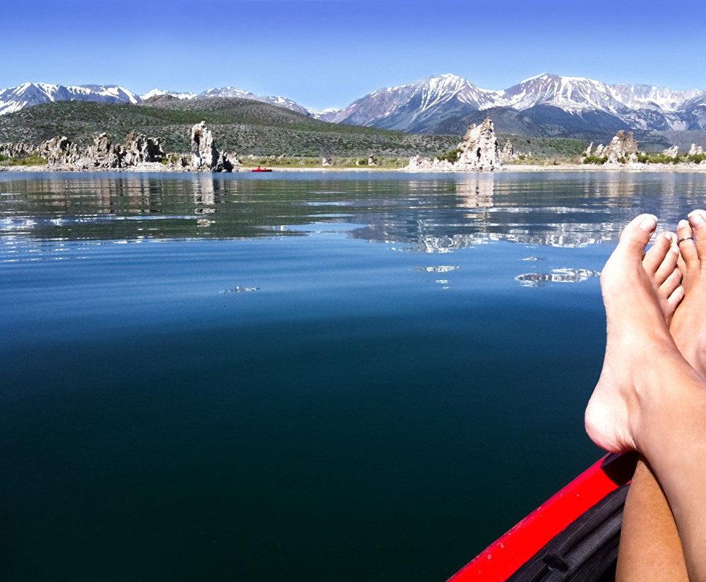 Ảnh: Những vùng hồ đẹp lặng người trên thế giới - 3