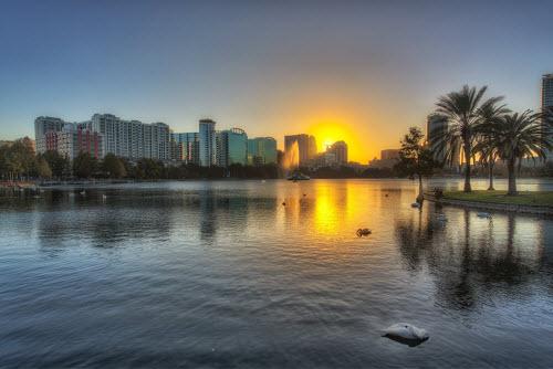 Ảnh: Những vùng hồ đẹp lặng người trên thế giới - 11