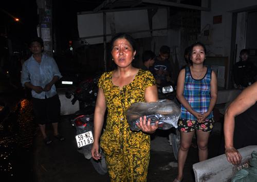 Lửa thiêu rụi hai nhà xưởng liền kề ở ngoại ô Sài Gòn - 3