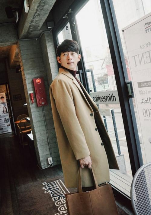 Kiểu áo khoác giúp chàng của bạn đẹp hơn trai Hàn! - 3