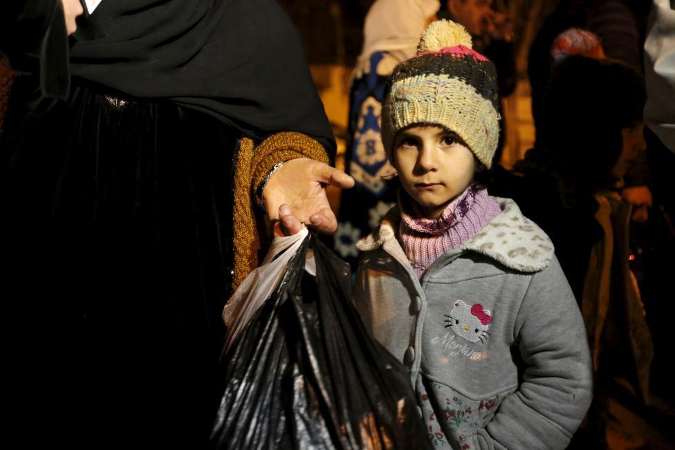 """Ảnh: Bên trong """"thị trấn xác sống"""" ở Syria - 2"""