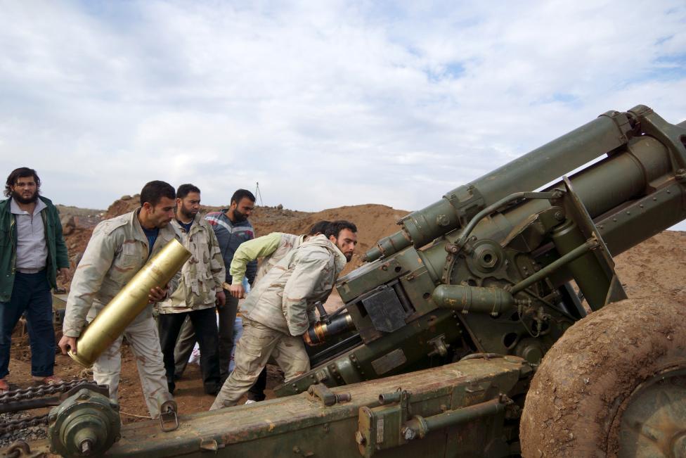 """Ảnh: Bên trong """"thị trấn xác sống"""" ở Syria - 4"""