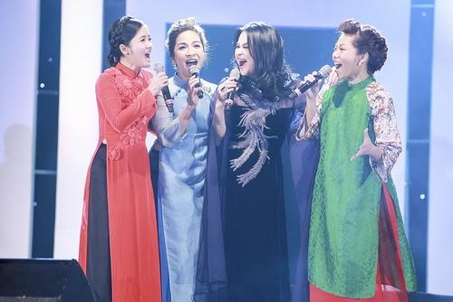 Khoảnh khắc đẹp của 4 diva trên sân khấu Hà Nội - 1