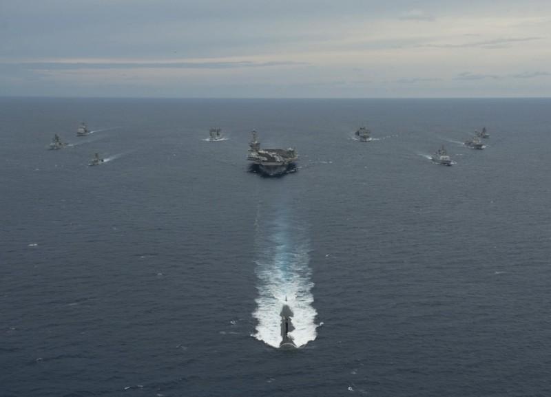 Mỹ điều tàu ngầm tàng hình tấn công nhanh tới Philippines - 1