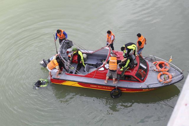 Vụ bắn người ở Đà Nẵng: CA lặn sông tìm súng của nghi phạm - 2