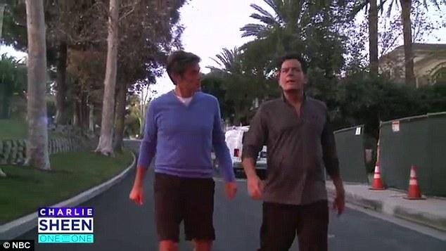 Charlie Sheen sẽ 'chết nhanh hơn' vì ngưng thuốc trị HIV - 5