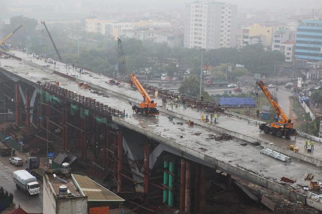 Cận cảnh cầu vượt thép 6 làn xe lớn nhất Thủ đô - 3