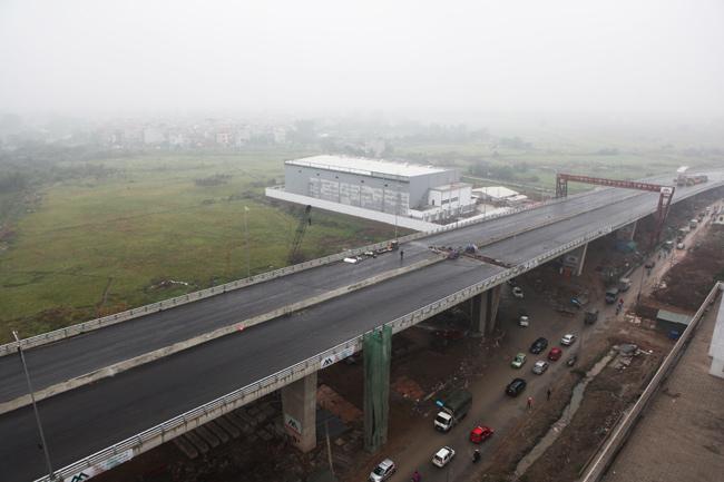 Cận cảnh cầu vượt thép 6 làn xe lớn nhất Thủ đô - 9