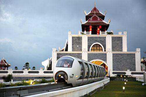 Monorail - Xe điện một ray trên cao tại Asia Park Đà Nẵng - 2
