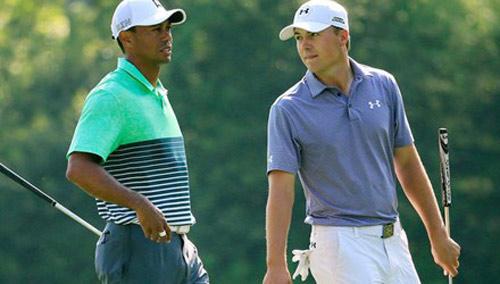 Tiger Woods mất ngôi bá chủ kiếm tiền ở làng golf - 1