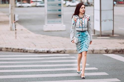 Dương Cẩm Lynh khoe vẻ đẹp rạng rỡ vượt thời gian - 3