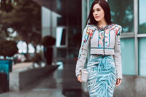Dương Cẩm Lynh khoe vẻ đẹp rạng rỡ vượt thời gian - 4