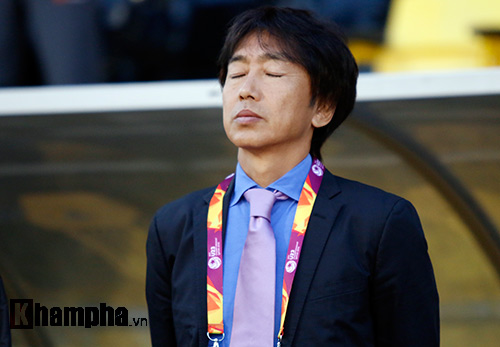 """U23 Việt Nam: HLV Miura """"bực mình"""" với trợ lý - 2"""