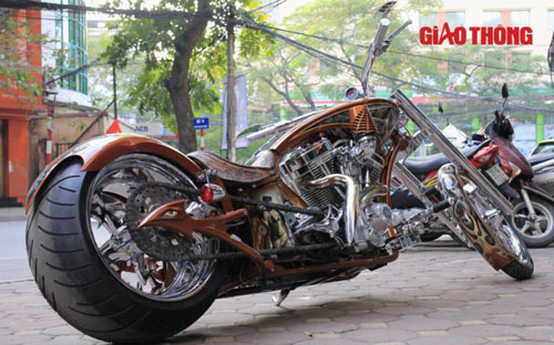 """Chopper độc ở Hà Nội: """"Gừng càng già càng cay"""" - 3"""