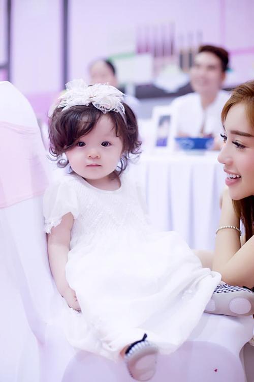 Sao Việt bật mí ý nghĩa tên của con - 1
