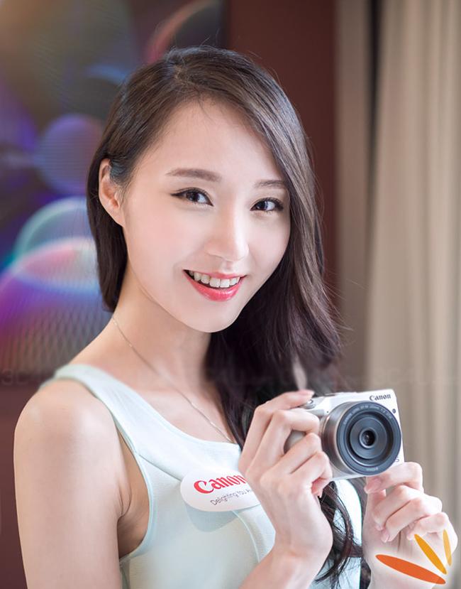 Vẻ đẹp tinh khiết bên chiếc Canon EOS M3