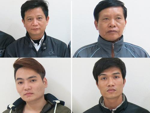 Dùng gạch ném công an, 4 người bị khởi tố - 1