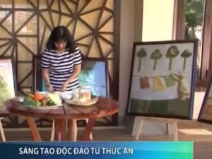 Người phụ nữ Việt sáng tạo 'vẽ' tranh từ đồ ăn