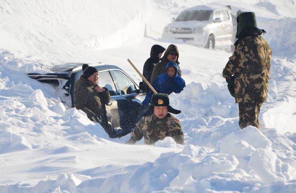 Ngắm mùa đông băng tuyết trắng xóa nhiều nơi trên TG - 3