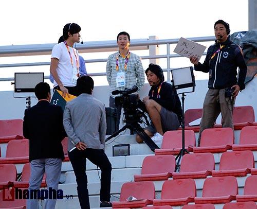 Truyền hình Nhật quan tâm đặc biệt U23 VN & Miura - 2