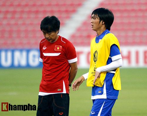 U23 Việt Nam: Tuấn Anh miệt mài tìm cơ hội đá chính - 9