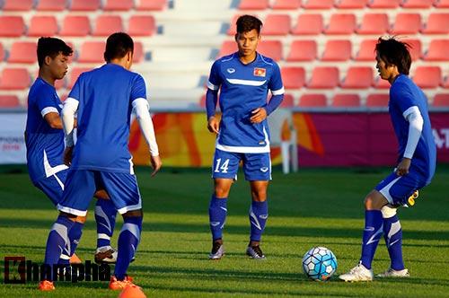 U23 Việt Nam: Tuấn Anh miệt mài tìm cơ hội đá chính - 2