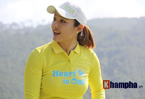 Người đẹp châu Á tranh tài ở giải golf Việt chuyên nghiệp - 3