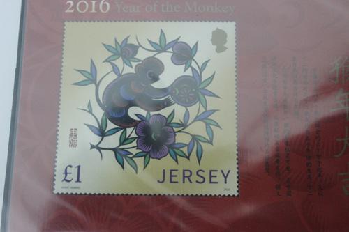 """Cụ ông U80 sở hữu bộ tem tất niên """"độc"""" của hơn 100 quốc gia - 3"""
