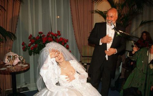 Mật ngọt 30 năm yêu của Celine Dion và chồng quá cố - 4