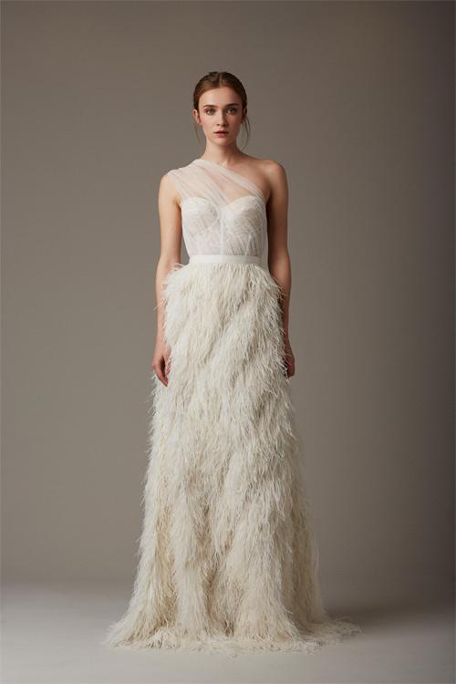 10 mẫu váy biến cô dâu thành nữ hoàng trong ngày cưới - 7