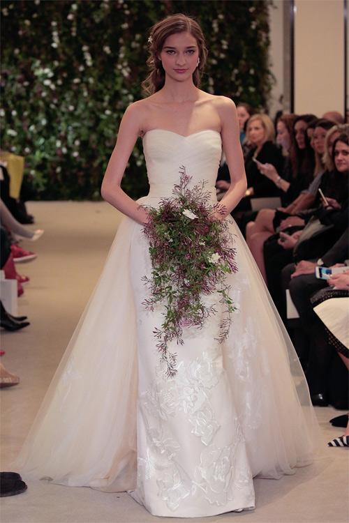 10 mẫu váy biến cô dâu thành nữ hoàng trong ngày cưới - 9