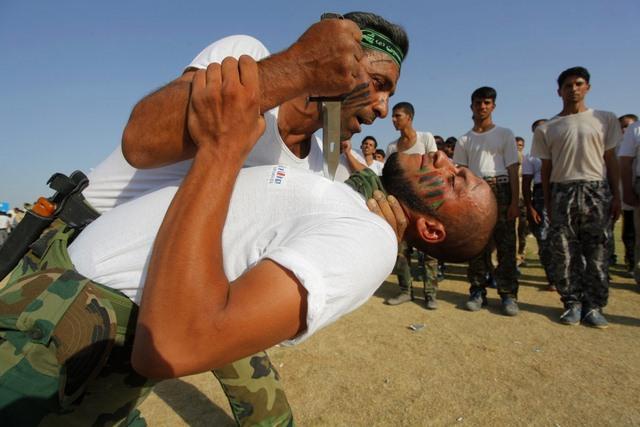 14 hình ảnh huấn luyện quân sự khắc nghiệt nhất thế giới - 12