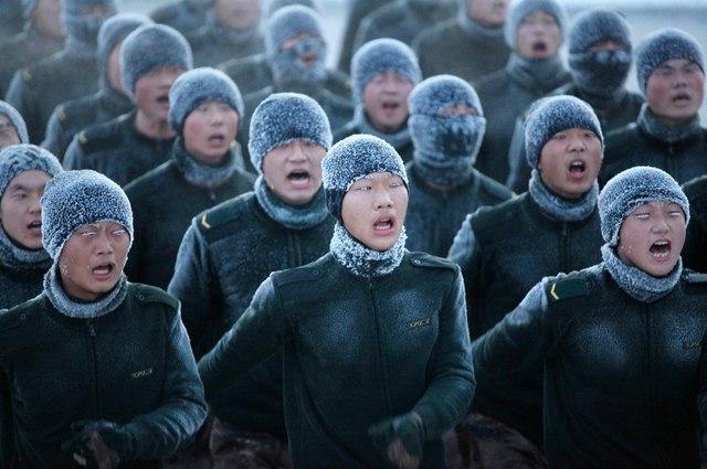 14 hình ảnh huấn luyện quân sự khắc nghiệt nhất thế giới - 2