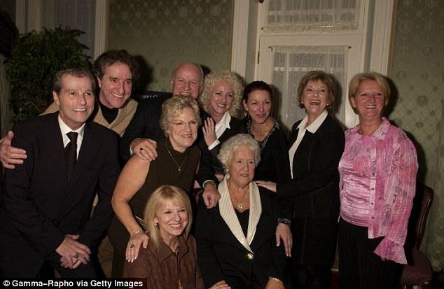 Anh trai Celine Dion qua đời sau 2 ngày chồng cô ra đi - 2